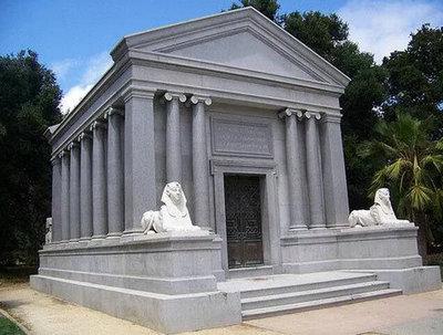 斯代文森国际高中生硅谷校区学习:斯坦福Stanford Mausoleum